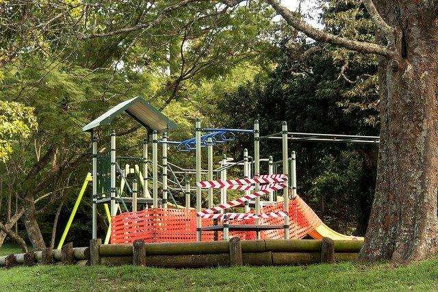 playground-5045973_640